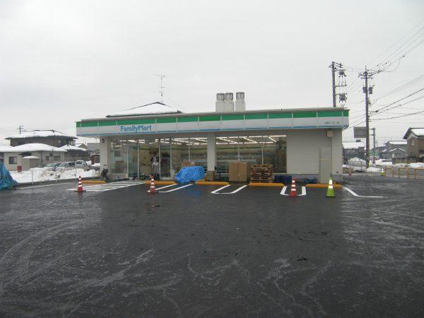 ファミリーマート丸岡インター店移動工事